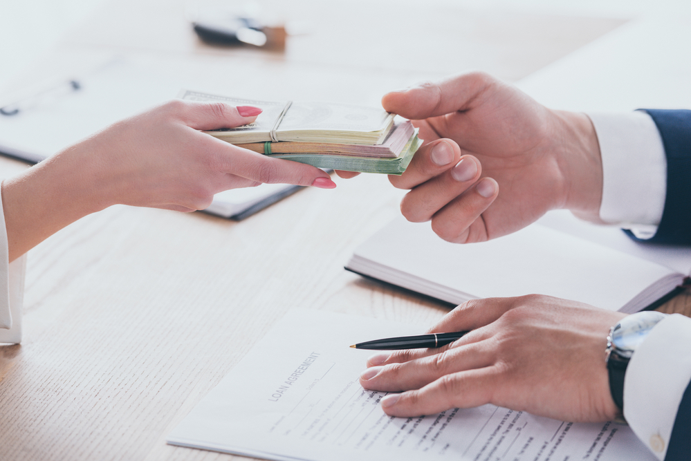 What are the Advantages of Instalment Loans?